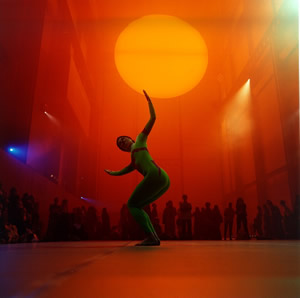 Cunninghamdance performance in the Turbine Hall of the Tate Modern in London, during Olafur Eliassons The Weather